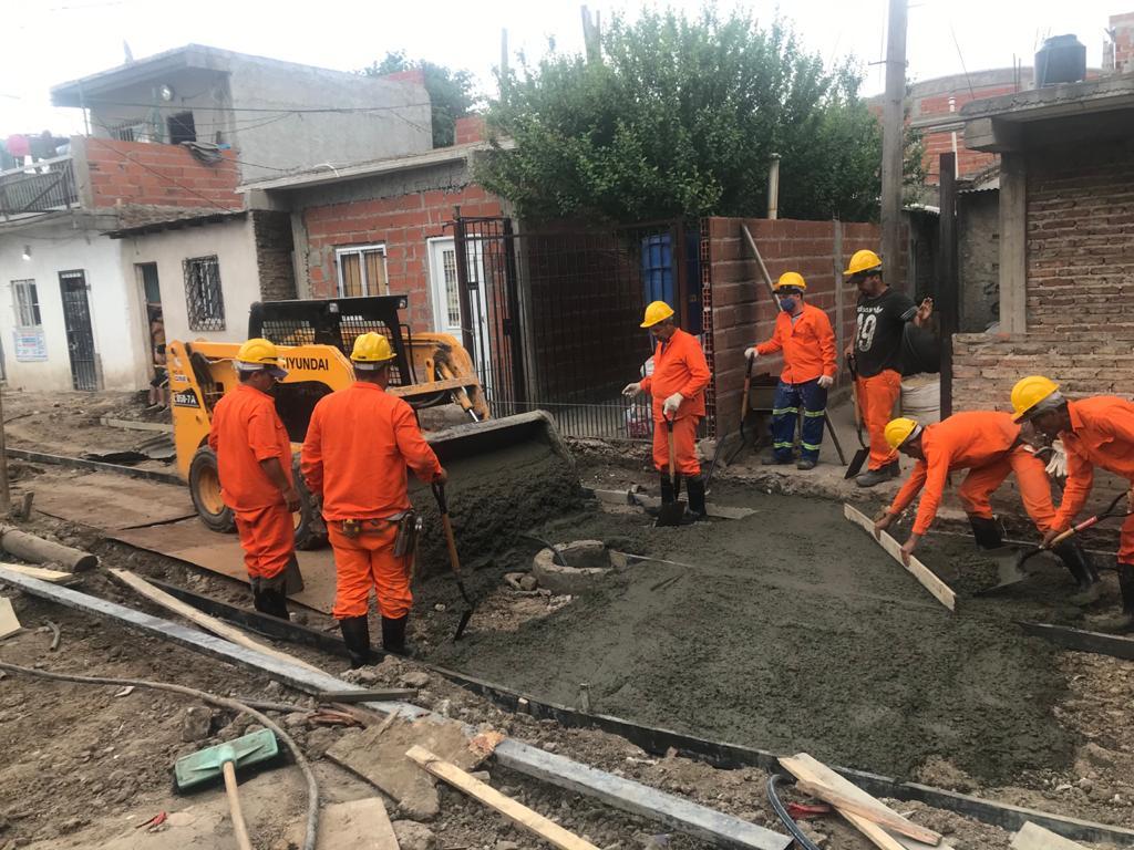 Avanzan las obras de reurbanización en barrios populares de Matanza, Alte Borwn y Lanús