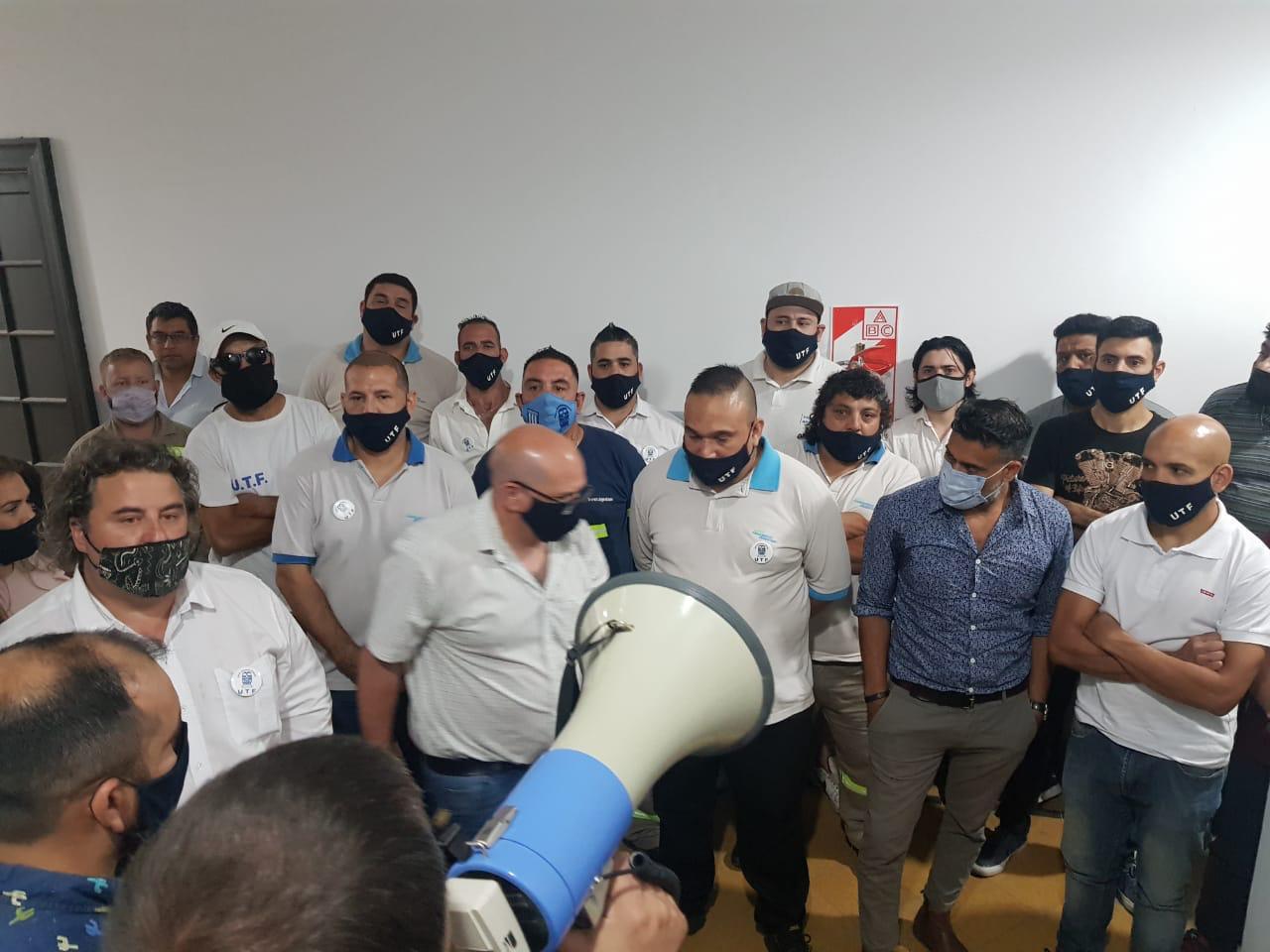 Oficializan el traspaso de trabajadores ferroviarios de larga distancia al SOFSE