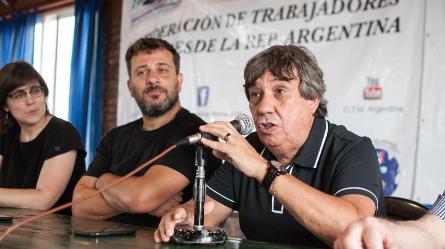 Municipales reclamaban el pase a planta en los hospitales de Vicente López y el intendente les envió plantas, fuerte repudio de la Fesimubo