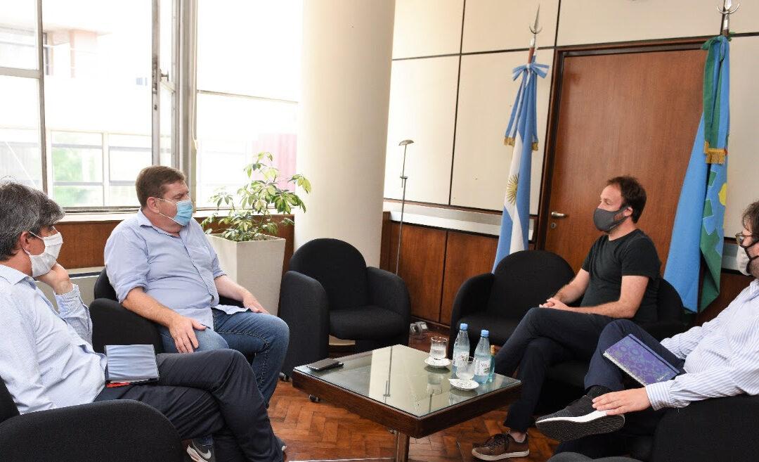 """El ministro de economía, Pablo López recordó la """"ayuda extraordinaria inédita"""" a los municipios desde Mar del Plata"""