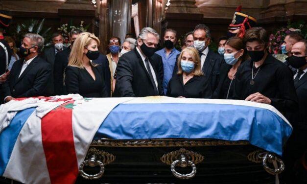 Carlos Menem es velado en el Congreso