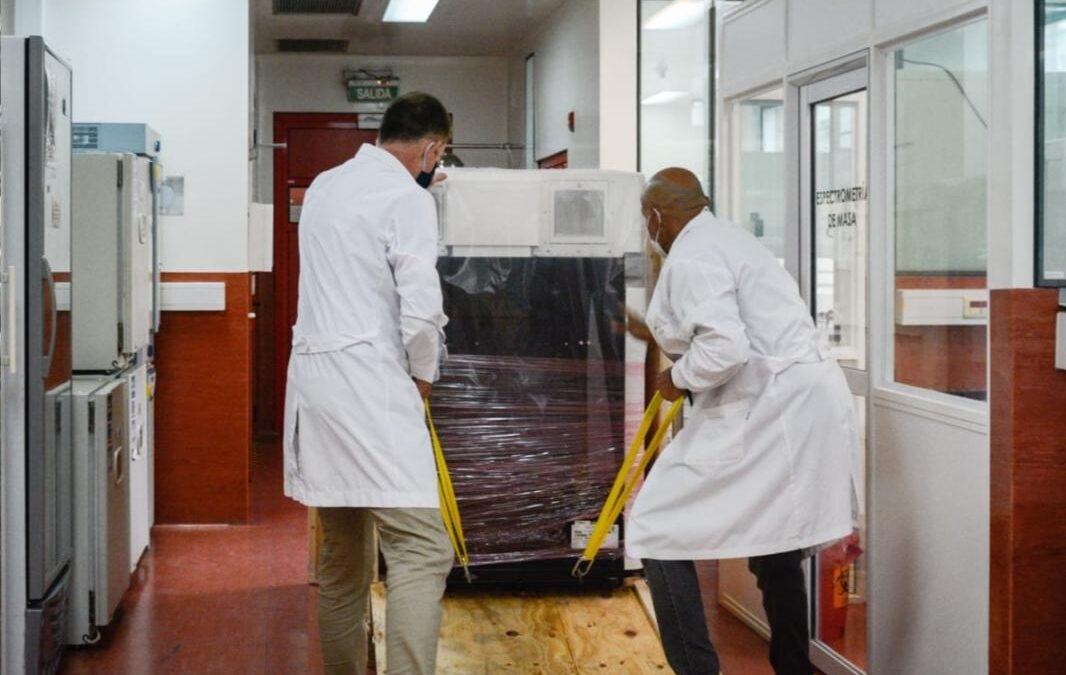 Argentina compró la primera máquina en sudamérica que monitorea mutaciones de Covid-19