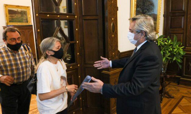 Alberto Fernández recibió a los padres de Úrsula Bahillo, la joven asesinada en Rojas