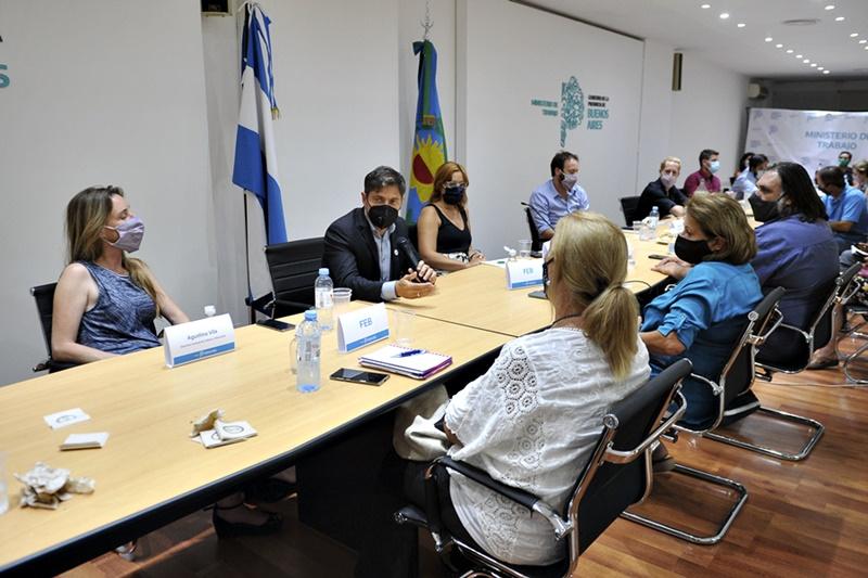 Paritaria docente: Provincia ofreció una suba del 35%, UDOCBA rechazó y el resto de los gremios analizan