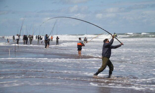 Con más de un millón de pesos en premios, Marisol inaugura la vuelta de los concursos de pesca en el mar