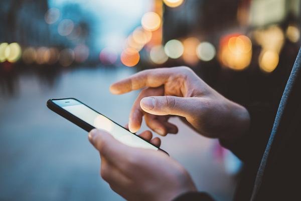 ¿Qué herramientas de nuestro teléfono móvil nos pueden ayudar a tener ingresos extras?