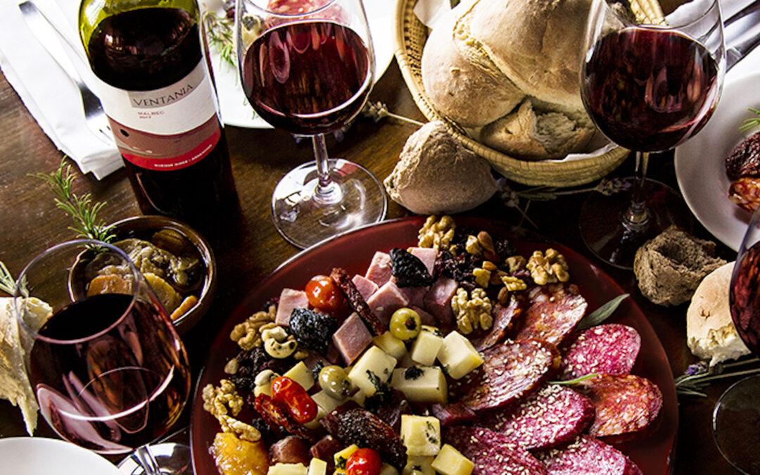 Quesos y vinos: productos imperdibles de la Provincia para disfrutar este maridaje perfecto