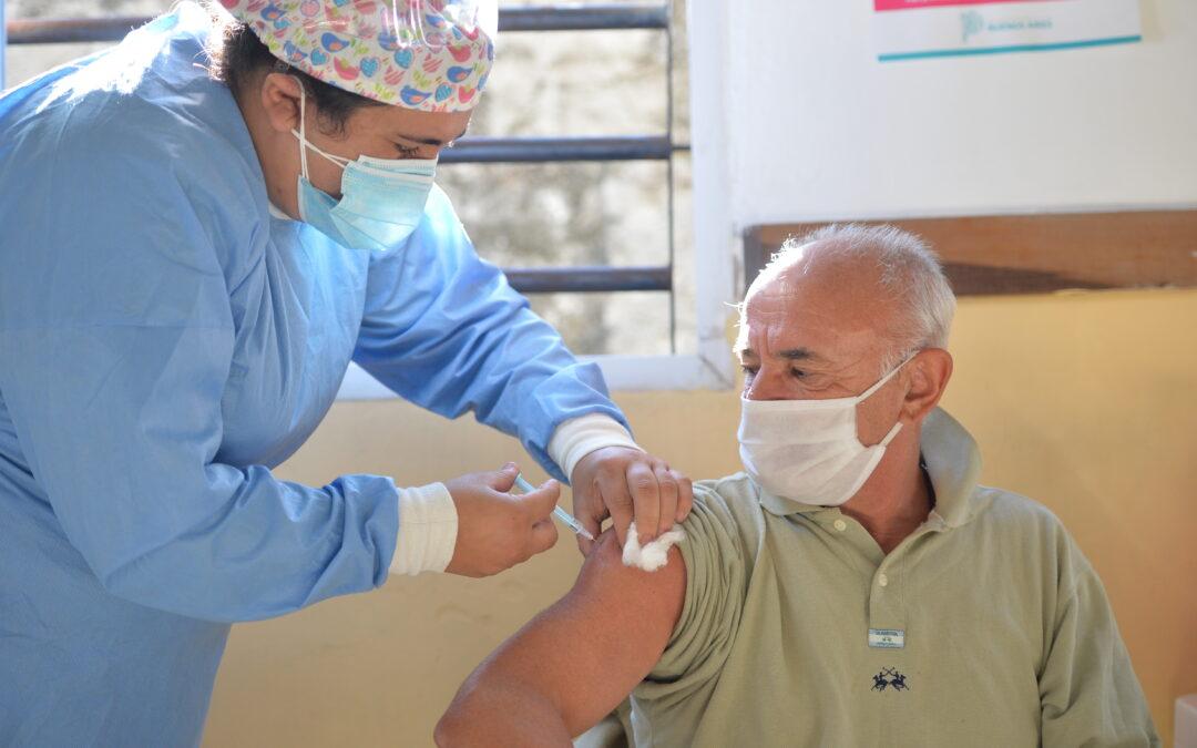 Provincia ya vacunó al 80% de los mayores de 70 años inscriptos