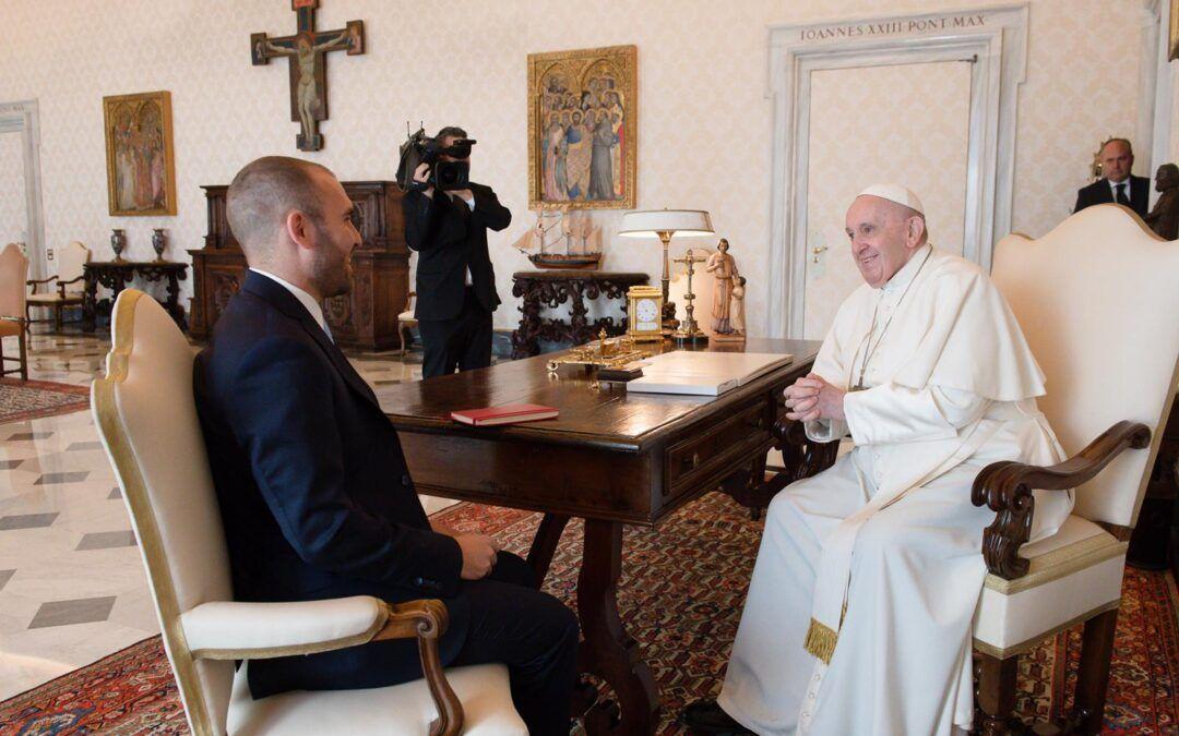 Toda una señal: El Papa Francisco recibió al ministro de economía argentino, Martín Guzman