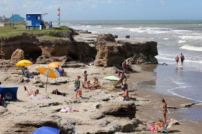 Provincia licitó la construcción espigones y el relleno de arena para recuperar las playas de Camet Norte