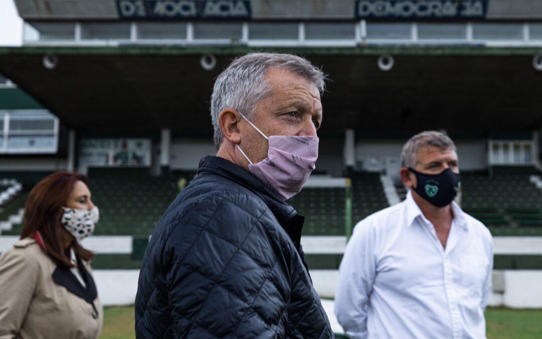 """Emilio Monzó recorre la provincia pidiendo la """"apertura del espacio"""" e integrando dirigentes peronistas"""