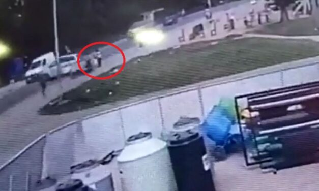Tragedia en Varela: un auto que llevaba vigas de hormigón hizo un trompo y aplastó a una nena de 5 años