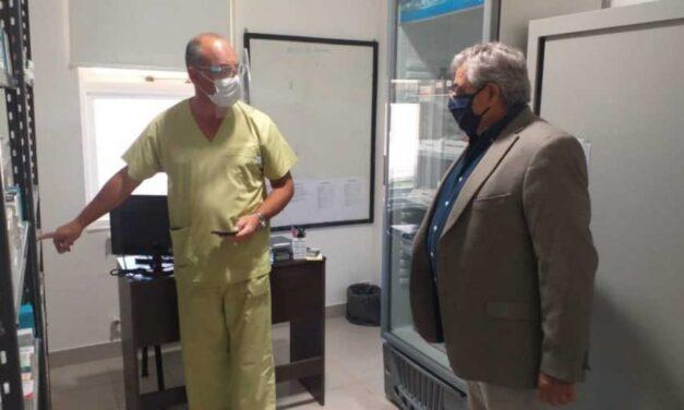 """Tildan de """"siniestro"""" al intendente de Villegas por anunciar un """"Comité de Ética"""" para """"definir a quién darle un respirador"""""""
