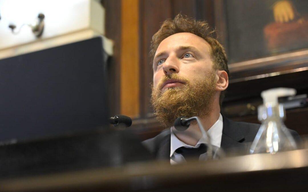 Otermín festejó la aprobación en Diputados del pedido de Kicillof de comprar vacunas con fondos bonaerenses