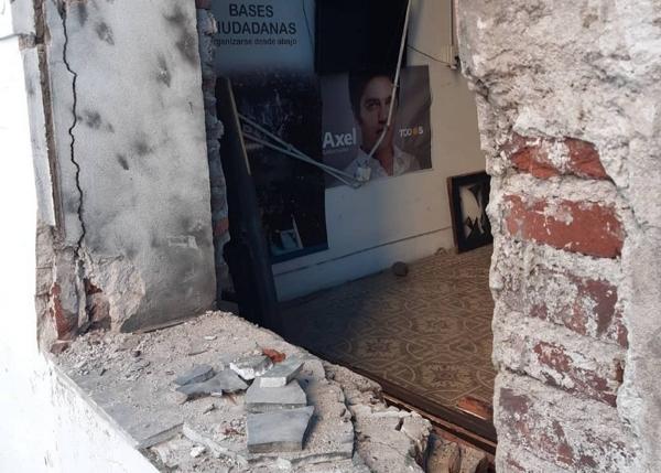 De esta forma quedó el local de Todos en Bahía Blanca, tras la explosión.