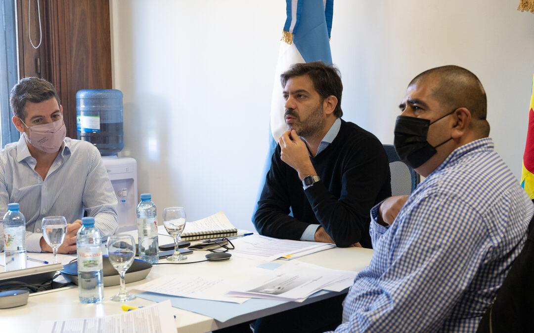 """Los empleados municipales y provinciales podrán estudiar online diplomaturas en """"Gestión Pública"""""""
