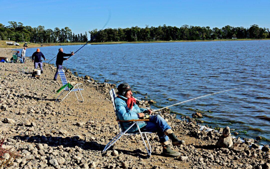 A guardar las cañas: por la nueva cuarentena no se podrá pescar en casi toda la Provincia