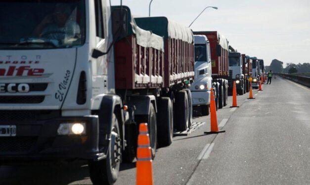 Provincia triplicó las multas contra la evasión y la sobrecarga en el transporte de minerales