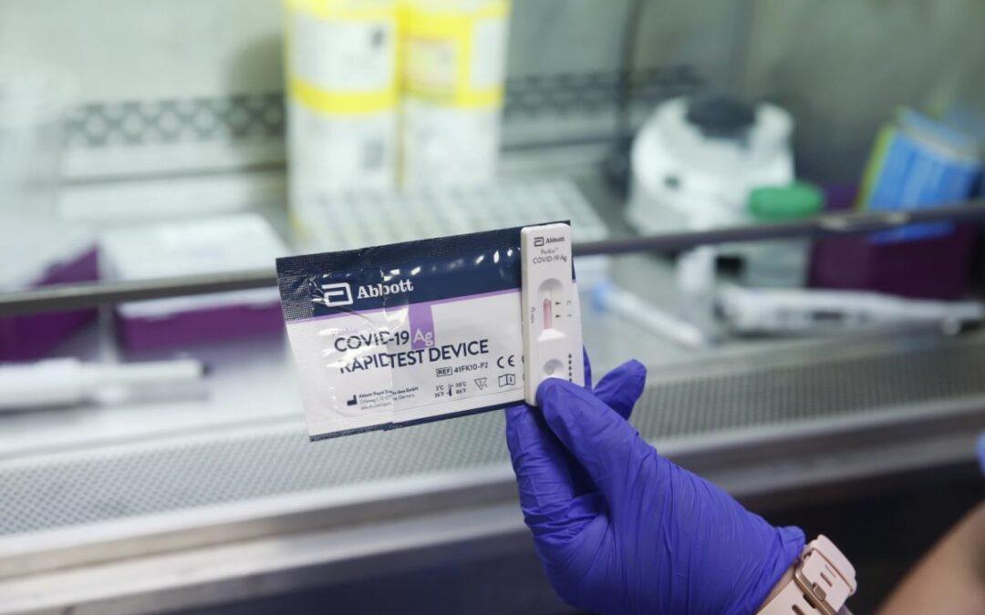 """La Plata: IOMA realiza testeos rápidos y gratuitos para afiliados """"con síntomas"""""""