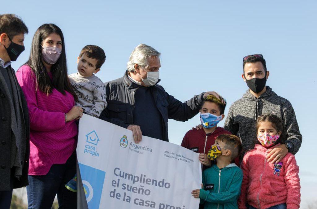 Desde Mercedes, Alberto Fernández prometió la generación de 30 mil lotes con servicios