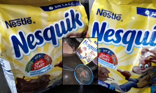 Miserables: su hija tomó gusanos con el Nesquik y desde Nestlé le mandaron tres paquetes gratis