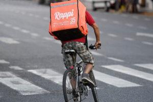 Severas multas a los servicios de delivery por incumplimiento en las condiciones laborales de sus trabajadores.