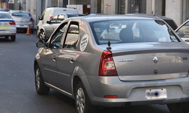 San Nicolás flexibilizará las habilitaciones de taxis y remises y obligará a usar una App municipal