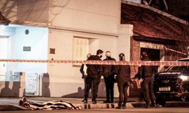 Tres Arroyos: una abuela de 87 años murió tras ser golpeada por un auto que salía del garaje
