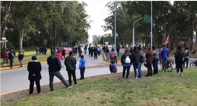 Protesta de Trabajadores Municipales de Pinamar por sueldos adeudados