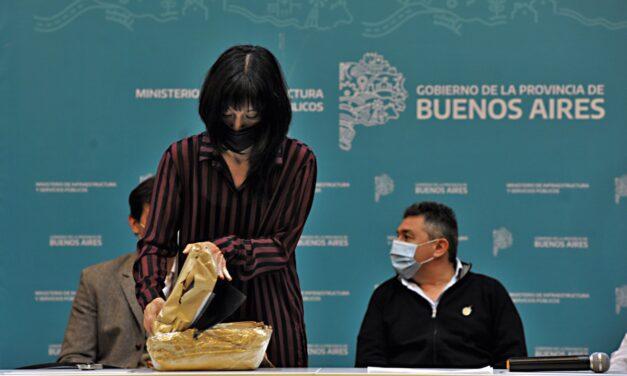Histórico: licitaron el recambio de 140 mil metros de caños de agua en Bahía Blanca y Coronel Rosales