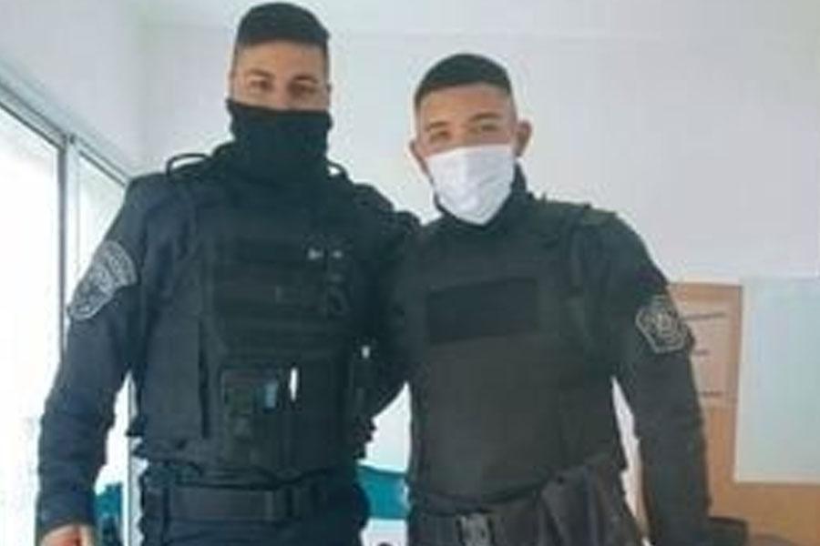 Policías héroes en La Plata: le salvaron la vida a un bebé que había dejado de respirar