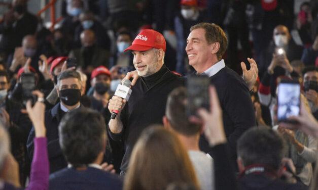 """Santilli cerró campaña en La Plata y dijo que uno de sus objetivos será """"evitar que los jóvenes se vayan"""""""