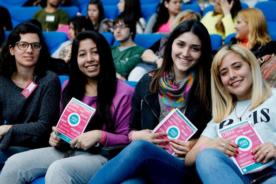 La UNLP convoca a estudiantes para compartir su experiencia con futuros ingresantes: entrá para anotarte