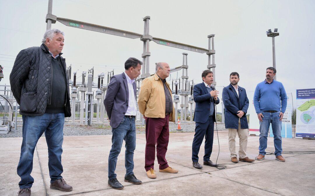 """""""Ahora las empresas invierten y las tarifas son accesibles"""", dijo Kicillof en la inauguración de una línea de alta tensión en Santa Clara del Mar"""