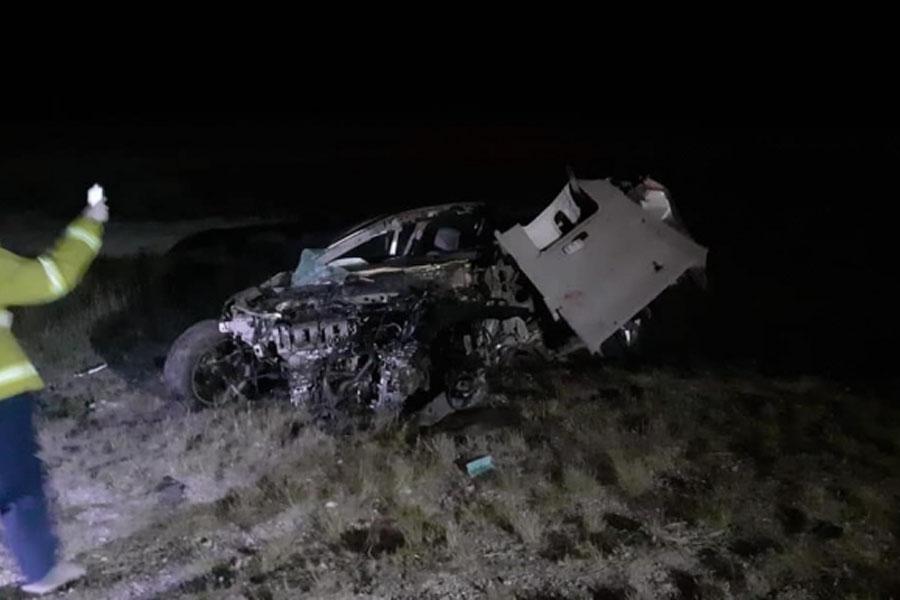 Conmoción en Stroeder: un muerto en un choque frontal entre un auto y un camión