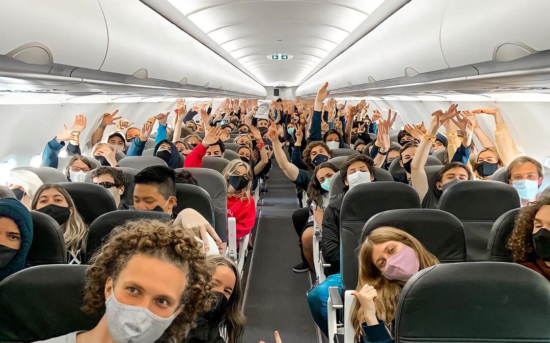 Kicillof anunció un programa de viajes de egresados gratuitos dentro de la Provincia de Buenos Aires